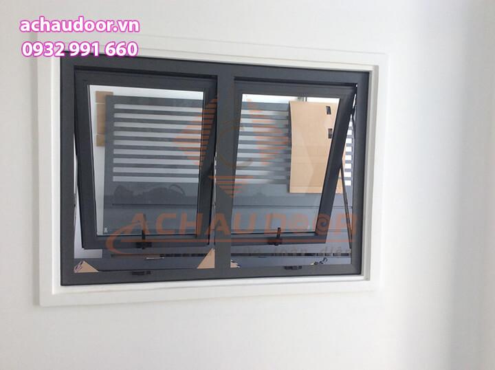 Mẫu cửa sổ mở hất nhôm xingfa 2 cánh