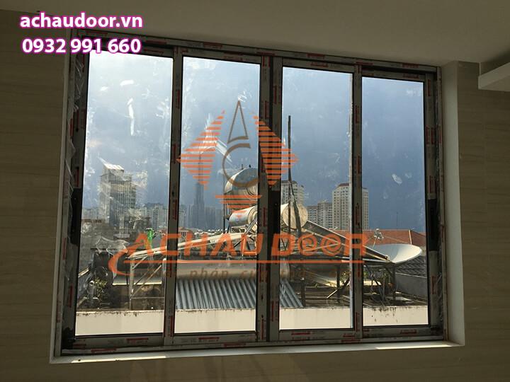 Cửa sổ mở lùa nhôm xingfa 4 cánh đẹp
