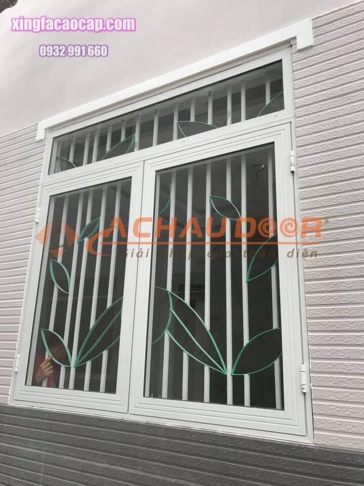 Lắp cửa sổ nhôm Xingfa màu trắng 2 cánh