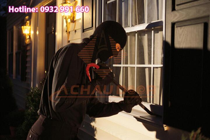 Cửa nhôm kính Xingfa chống trộm