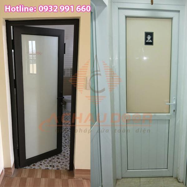 cửa nhà vệ sinh nên làm bằng gì