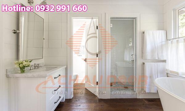 Mẫu cửa nhà vệ sinh bằng nhựa lõi thép