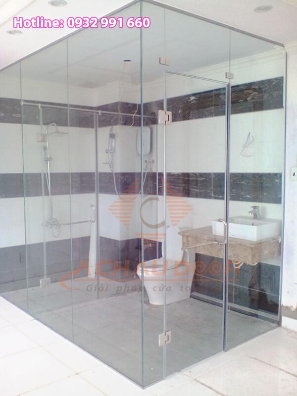 mẫu phòng tắm kính đẹp sang trọng